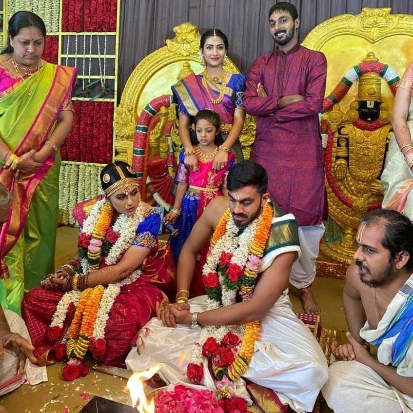 Congratulations and best wishes to the newly weds Vijay Shankar and Vaishali!  #vijayshankar #tncricket #wedding