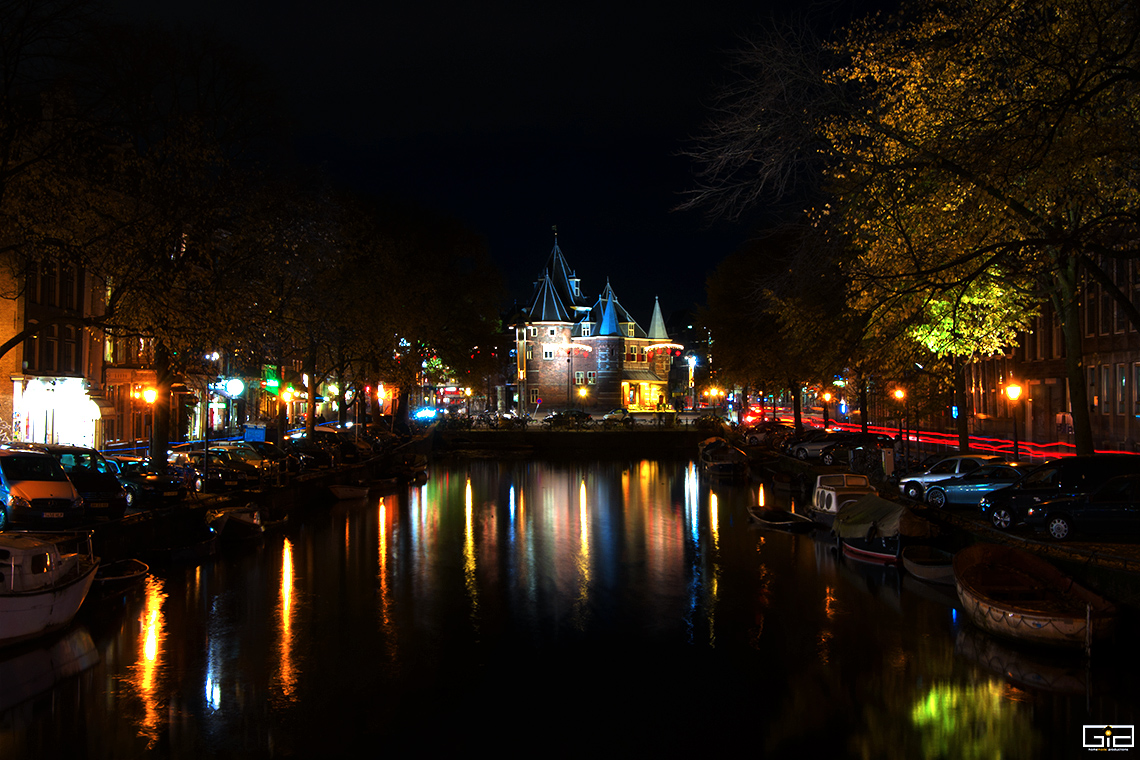.@Iamsterdam @Visit_NL @AmsterdamNL A Colourful Night in #Amsterdam.  #Netherlands #Travel #nightphotography #summer #trip #photography #photooftheday #picoftheday #travelblogger #travelphotography