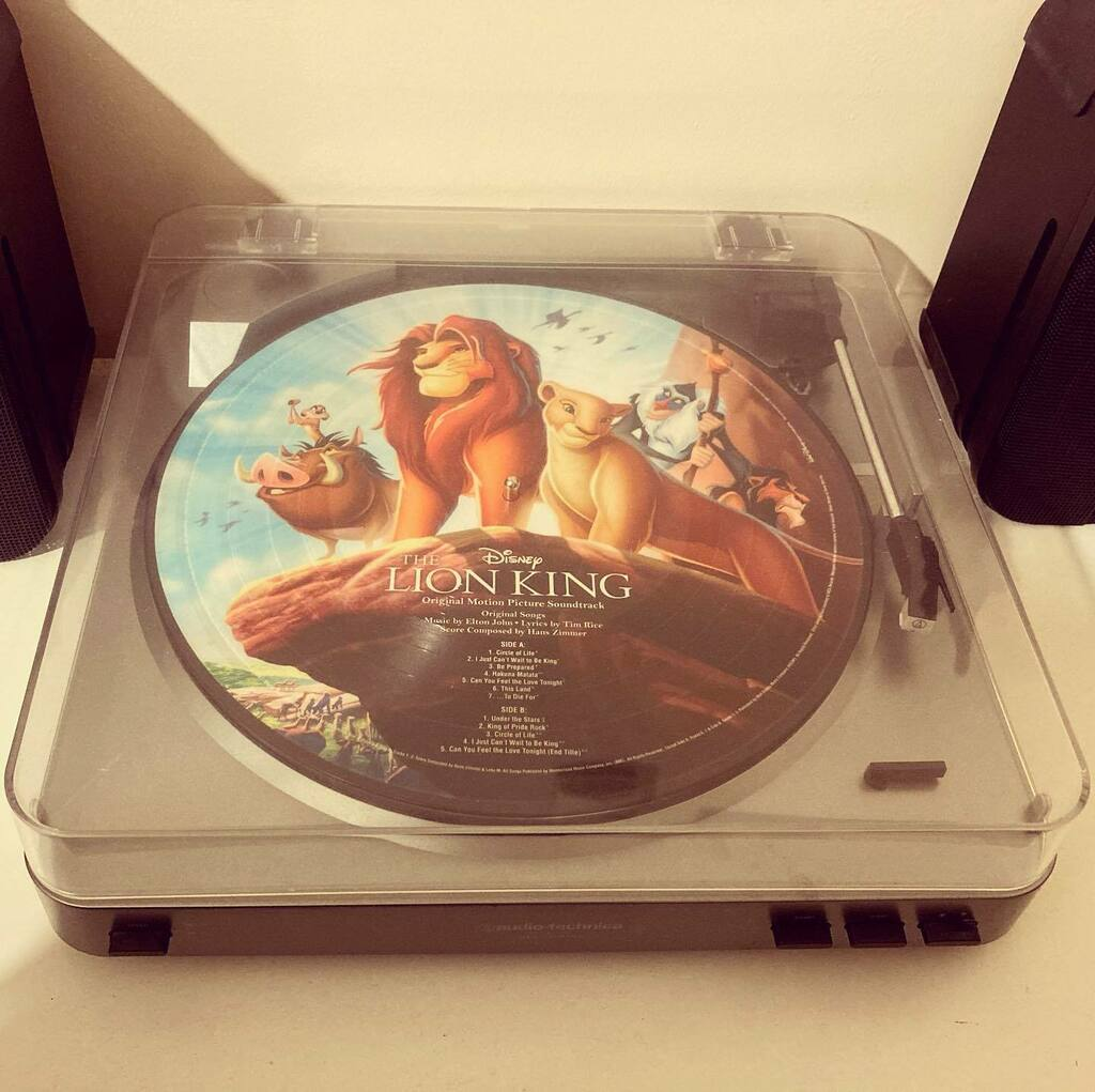 #cprwvinylchallenge2021 Day Twenty eight: Soundtrack. It's my favourite film of all time, animation or otherwise – The Lion King. #vinyl #records #vinylchallenge #picturedisc #thelionking #lionking #theliongkingsoundtrack #soundtrack #disney