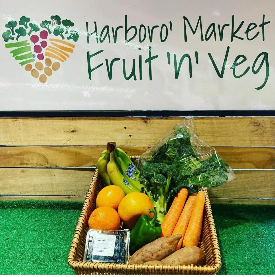 Look at this little lot of #immuneboosting goodies available from Harboro' Market Fruit n Veg. Just £10 and available to click and collect or pick up when you're shopping for your #essentials at the #market Tues- Saturday. #antioxidants #juicing #healthylifestyle #Harborough https://t.co/qU2ghHFRcZ