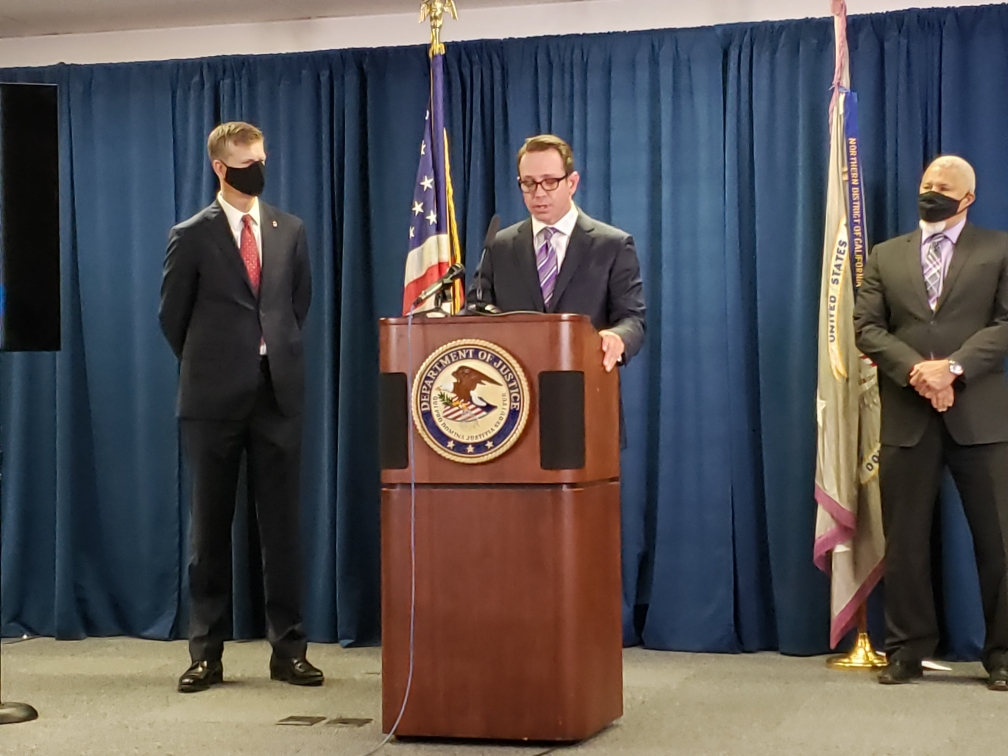 "@USAO_NDCA @DEASANFRANCISCO We won't allow dangerous and violent groups to use our neighborhoods as a thoroughfare to traffic drugs or as a venue to conduct illegal activity."" #FBI Special Agent in Charge Fair joined @USAO_NDCA and @DEASANFRANCISCO in a joint announcement today: ow.ly/2hPP30rwyex"