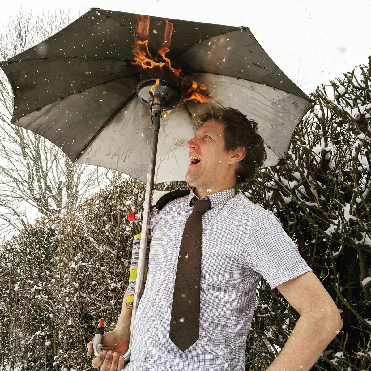 This definitely GAS HEATED UMBRELLA WEATHER lol. I made this a few years back but every now and then it just seems more appropriate.  #colinfurze  #heatedumbrella  #umbrella  #heated #snow #invention #gadget