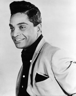 @Dem11Chi Sheesh, someone need to make a Jackie Wilson movie and cast @TheRealMikeEpps as #JackieWilson.  The resemblance. 😲 👀