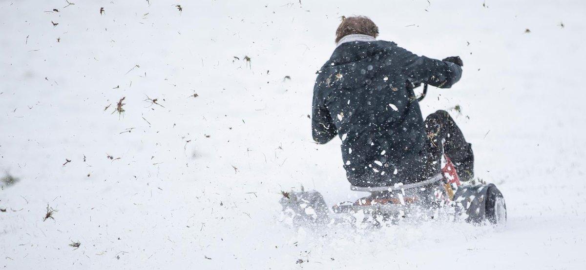 TOMORROWS video, the snow converted Drift Trike.....it's a ripper. Pics by @sldigital #colinfurze #skitrike #drifting #driftrike #furzday