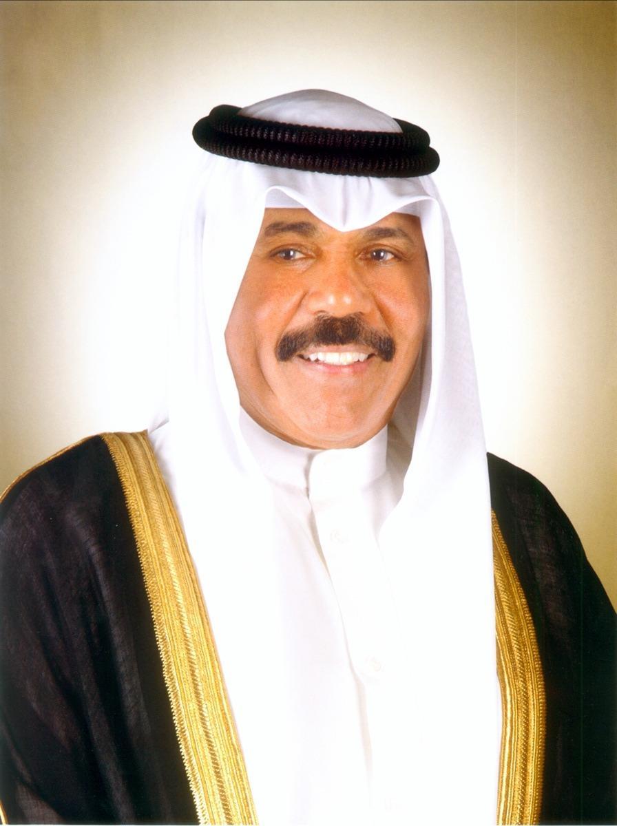 سمو الأمير يهنئ محمد الشارخ لفوزه بجائزة الملك فيصل لخدمة الاسلام