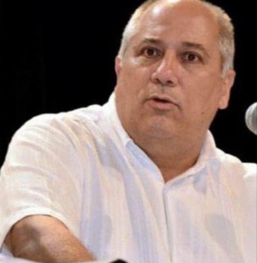 Noticia de #UltimaHora  La más alta dirección #Cuba ha decidido destituir de su cargo a @AlpidioAlonsoG ; pero no ahora para no parecer que actúa bajo presión                                           #Ciao Alpidio, tus jefes te abandonan por drogadicto y abusador