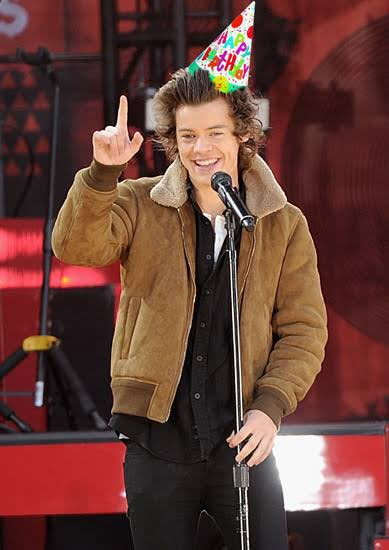 Happy Birthday Harry. I hope you re having a great day. Wish you all the best and stay safe.