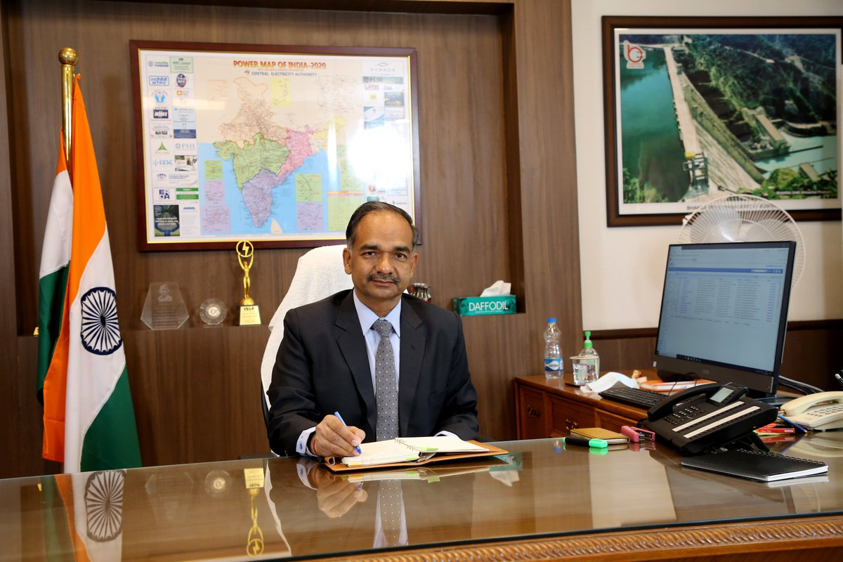 Ministry of Power welcomes Shri Alok Kumar, the new Secretary(Power) https://t.co/zXFcIKGOnn