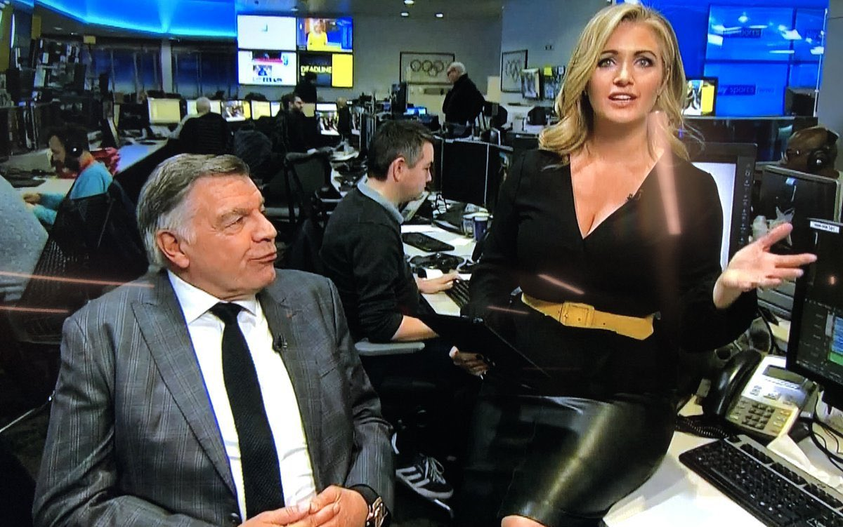 The single greatest Deadline Day image of all-time... https://t.co/O1AZU50Arb