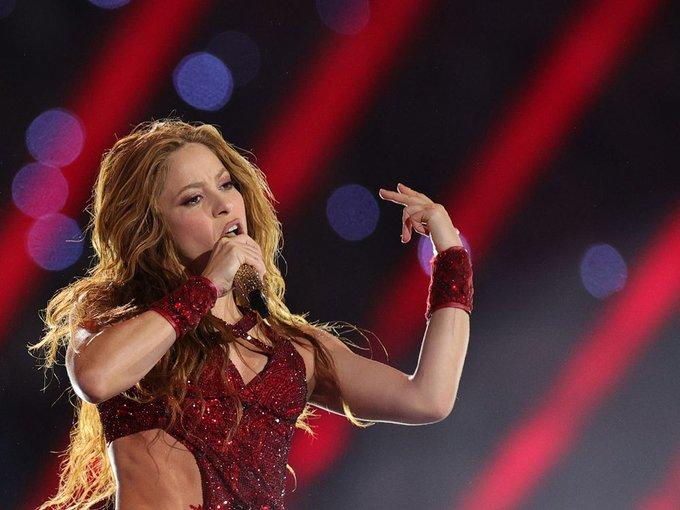 "\""Happy birthday, Shakira \"""