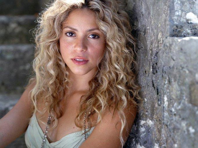 Wish legend and icon Shakira a happy birthday!