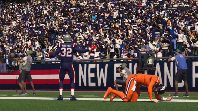 Broncos @ Patriots EtQOhKLXMAA6O4J?format=jpg&name=small