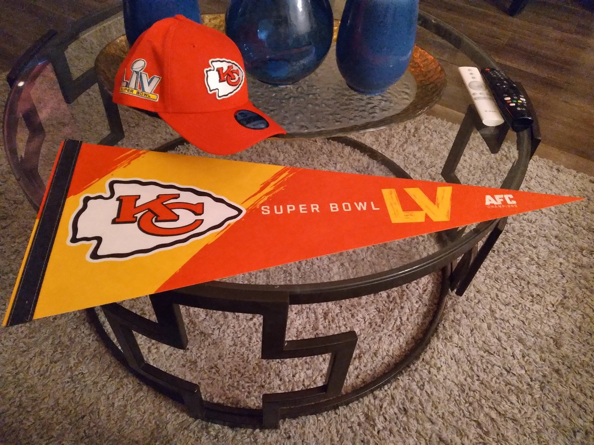 Picked up today after work. #ChiefsKingdom #Chiefs #KCChiefs #NFL #RunItBack #GoChiefs #AFCChamps #SuperBowl