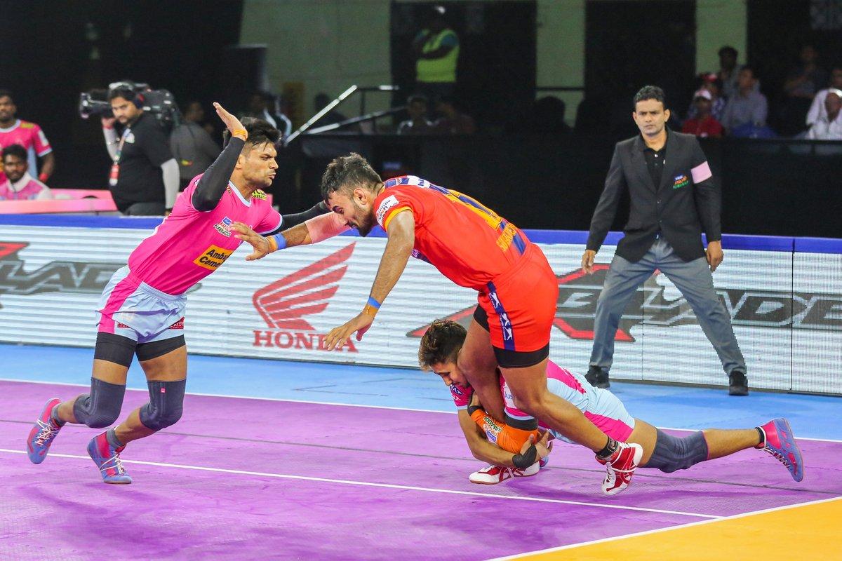 Don't underestimate your opponent, but don't overestimate them, either.  #PantherSquad #JaiHanuman #TopCats #JaipurPinkPanthers #JPP #Jaipur #vivoprokabaddi