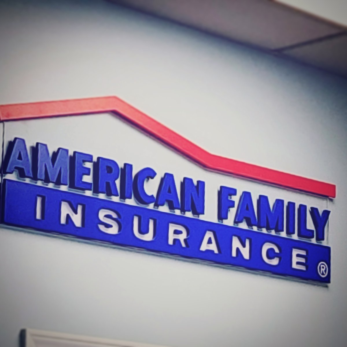 We are a proud @amfam agency in Topeka! We would love to hear from YOU on how we can help you with your insurance needs today! #callustoday #amfam #dennyandassoc #insurance #servingyou #topekaks