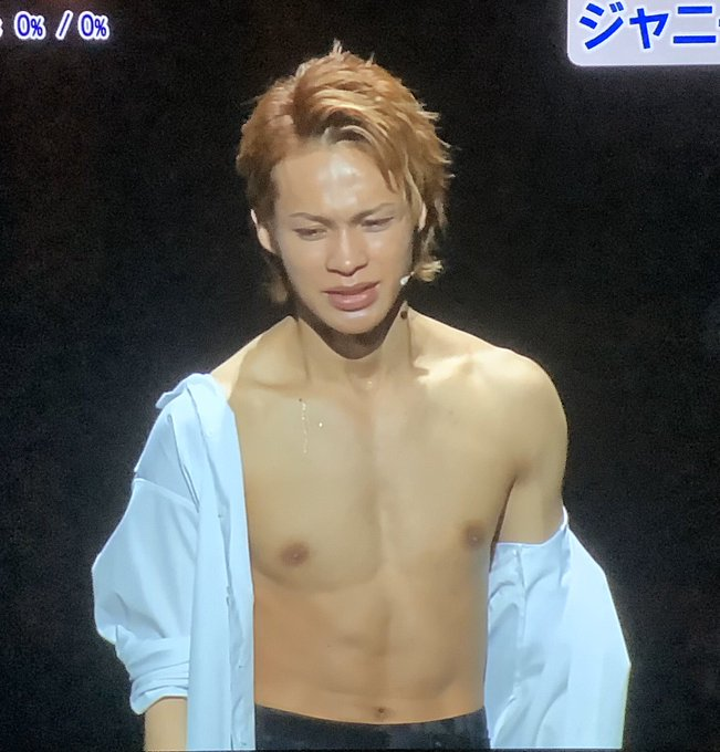 上田 竜也 タトゥー