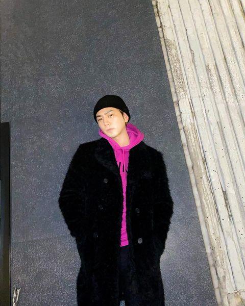 登坂広臣のパーカー&ニット帽でのクールな立ち姿に「まじかっこいい」「何着ても可愛いすぎる」と絶賛の声 【ABEMA TIMES】