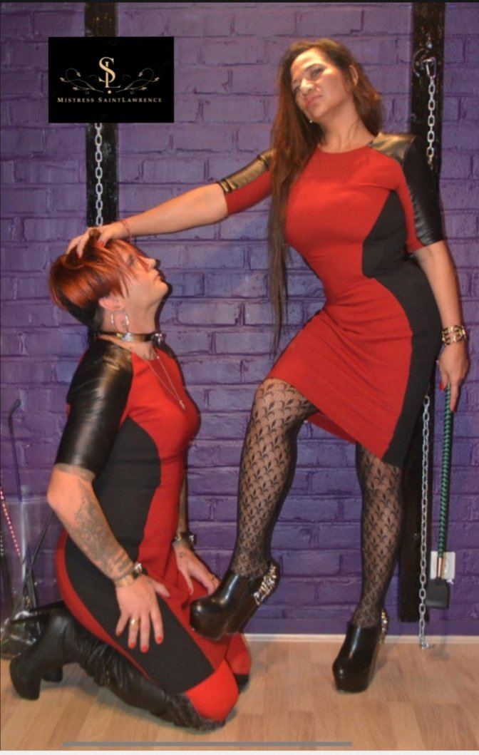 This is who we are with my very own @SlaveOwned our #Lifestyle #Femaleledrelationship #Matriarchy #FemaleSupremacy #Leather #chain #collar #leash #boots #Descipline #Obedience #Worship  #Commitment #Service #Dedication #Loyalty