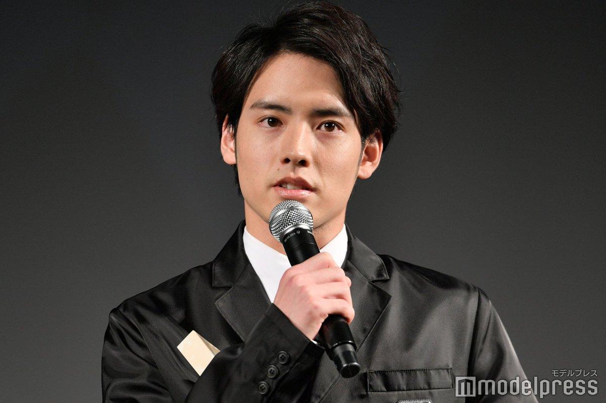 【写真追加】赤楚衛二「WEIBO Account Festival in Tokyo 2020」話題俳優賞受賞🏆「役者をやっていてよかった」…真摯なスピーチ😢✨#微博日本群英会 @akasoeiji🔻フォトギャラリー(アプリ限定写真あり)