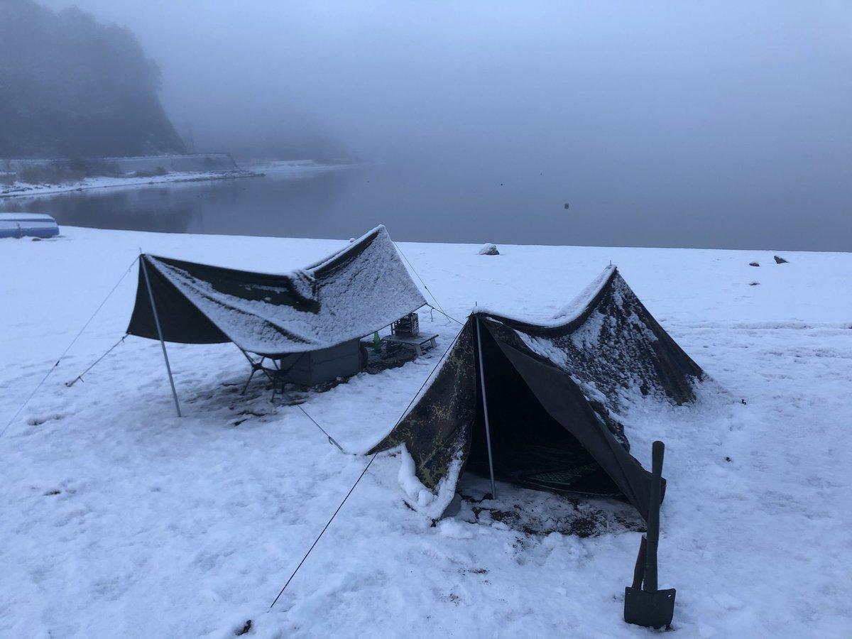 因みにこれはつい先日同じ富士五湖の西湖でソロキャンしたときの写真です。死にます#ゆるキャン