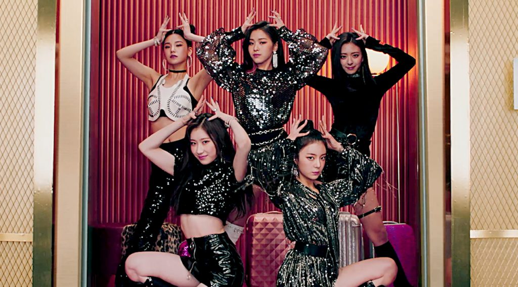 HAPPY 2YRS ANNIVERSARRY DALLA DALLA  AND HAPPY 2YRS ANNIVERSARRY ITZY❤️💚💛 #2YearsWthITZY #itzy2ndanniversary #itzyworldwide #itzyofficial