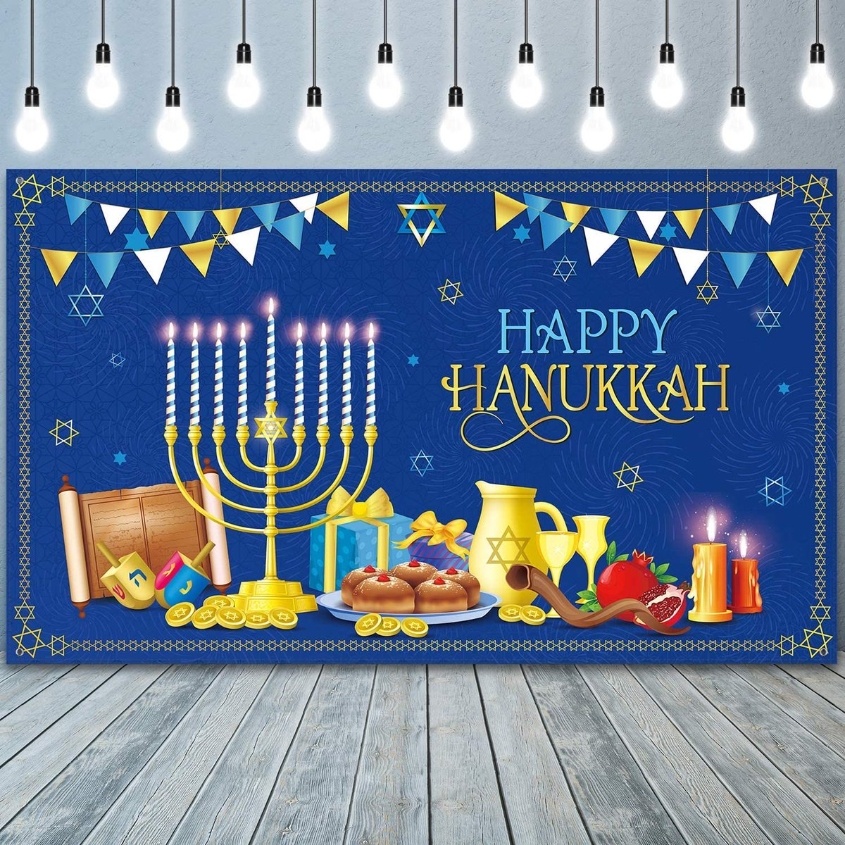 Now here's a very late Happy Hanukkah!!!! To all my friends who celebrate, hope you had an amazing eight days and nights back in December!!!! Sending you love and light!!!! Hope you had a beautiful holiday!!!! 🤗❤️✡️🔯🕎🕯😍🥰 #Hanukkah #HappyHanukkah #Hanukkah2020 #HanukkahLove