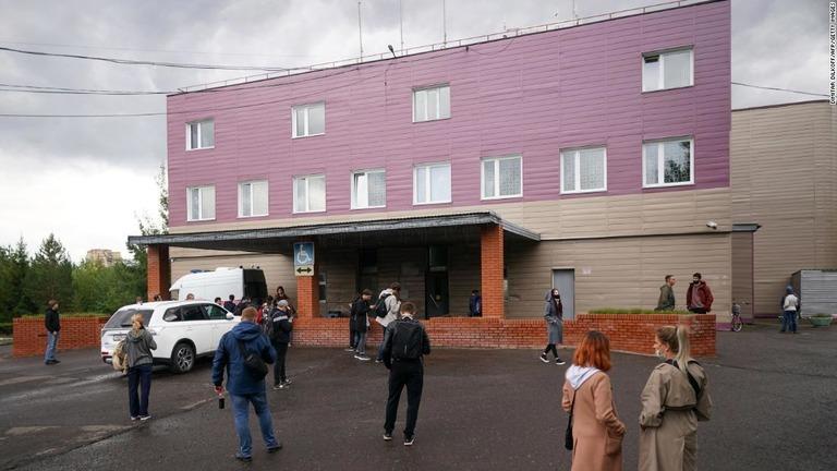 CNN.co.jp : ナバリヌイ氏の毒殺未遂で治療担当のロシア人医師が急死(CNN)ロシアの反政権活動家アレクセイ・ナバリヌイ氏が昨年8月に毒を盛られたとされる事件で、直後にナバリヌイ氏の治療にあたったロシアの病院の医師が急死した。5…