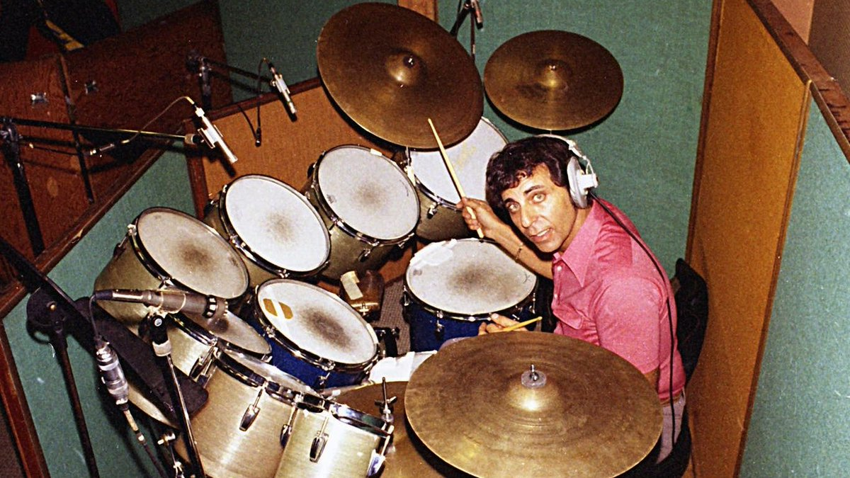 Happy Birthday to the legendary Hal Blaine! Much like @QuincyDJones, Blaines career traversed genres and styles. As a member of the Wrecking Crew, he was the drummer behind more than 6,000 singles. From The Beach Boys to Sinatra to Simon & Garfunkel, he played on them all!