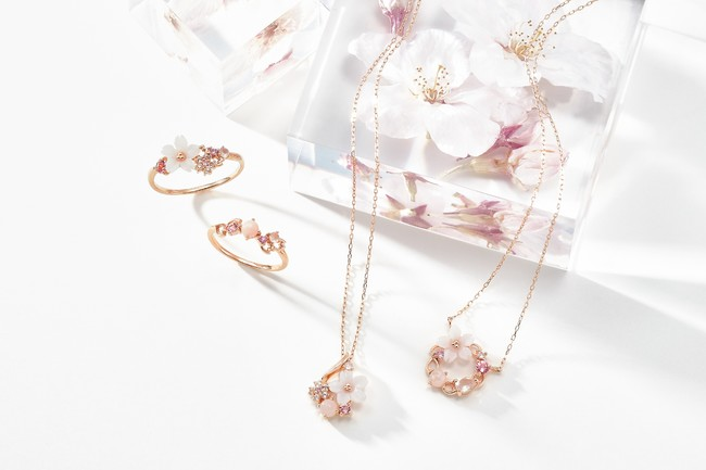 サマンサティアラから、ピンクのストーンが舞う桜ジュエリーが登場☆  @PRTIMES_JPより