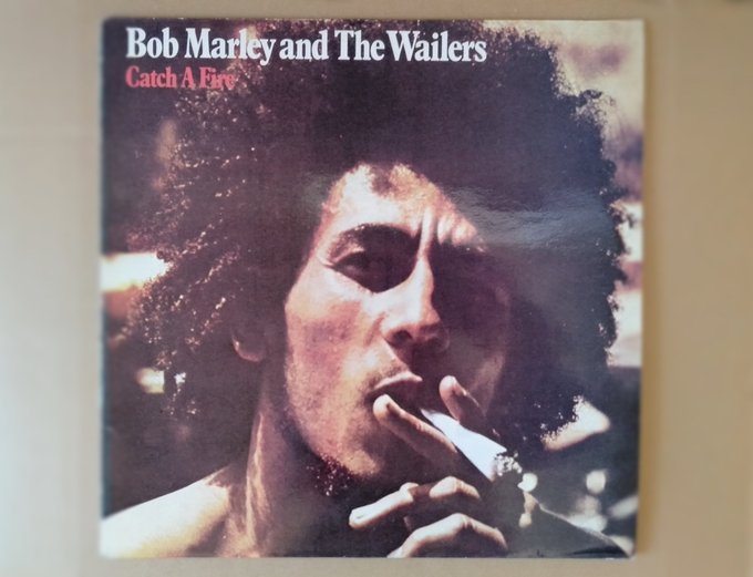 The Wailers / Catch a Fire (1973)  Slave driver, the table is turn (Catch a fire)  Happy Birthday, Bob Marley !!!