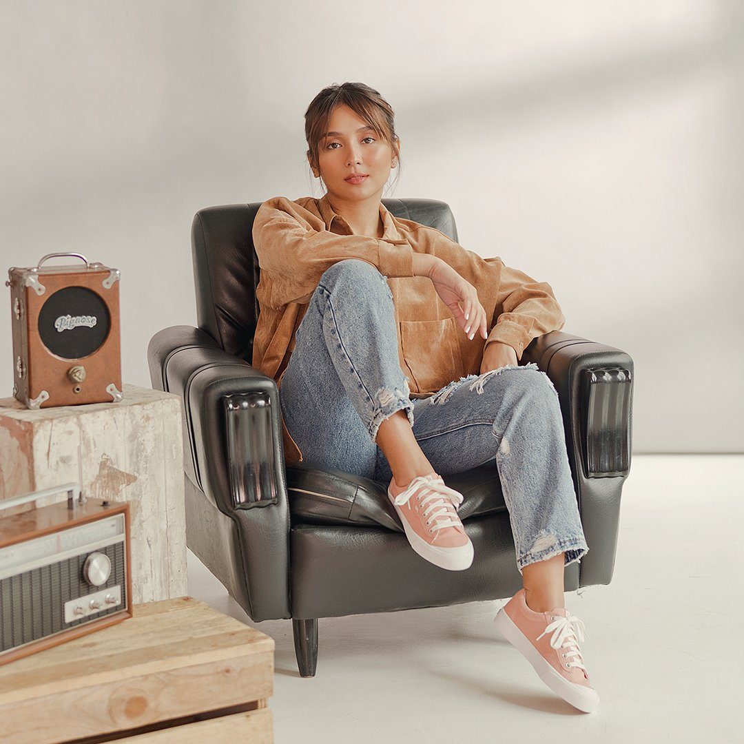 "The sneaker that always answers ""what to wear"" no matter the mood, no matter the occasion. #Kedsstyle  Get the Crew Kick sneakers at Keds stores, online at , or through the Keds Ph Viber community. Join here:   @bernardokath"