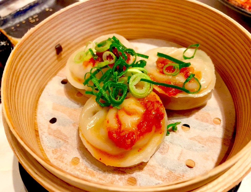韓国料理屋を発見‼️新しくできたお店なのかな♪そこそこ入っているなぁって思っていたら、どんどん入ってきていつの間にか満席に😆✨10代〜20代前半の方が沢山来られてました😆✨料理も美味しい!😆韓国食堂 ケジョン82#大阪 #東通り #韓国料理 #韓国