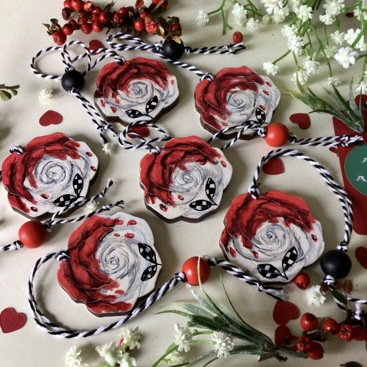 All Of Alice On Twitter Some Of My Hand Painted Roses In Ceramic Stone And Wood Lots More In My Etsy Shop Ukgiftam Ukgifthour Aliceinwonderland Giftideas Valentinesday Https T Co U9pwgrphpr Https T Co Jn18jmztjm