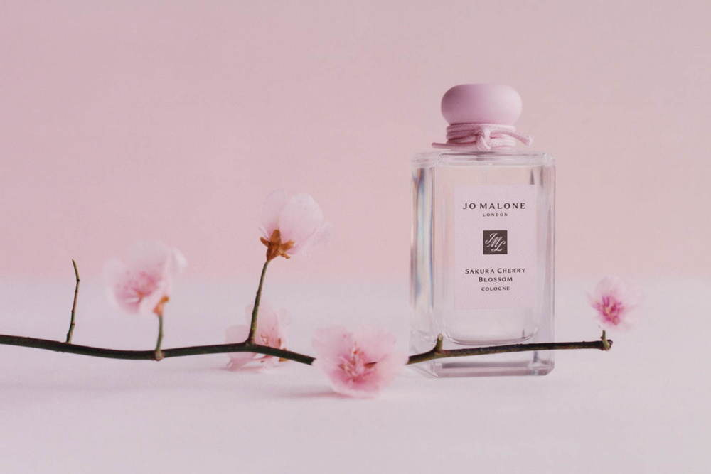 """ジョー マローン ロンドン""""桜""""華やぐ香水「サクラ チェリー ブロッサム」香りのペアリングセットも -"""