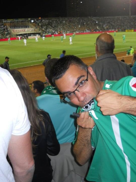 أفيخاي يغرد : لعلكم تعلمون أن فريق كرة القدم المفضل لدي هو  نادي مكابي حيفا ولذلك تغمرني السعادة إعلانه ونادي #الع…