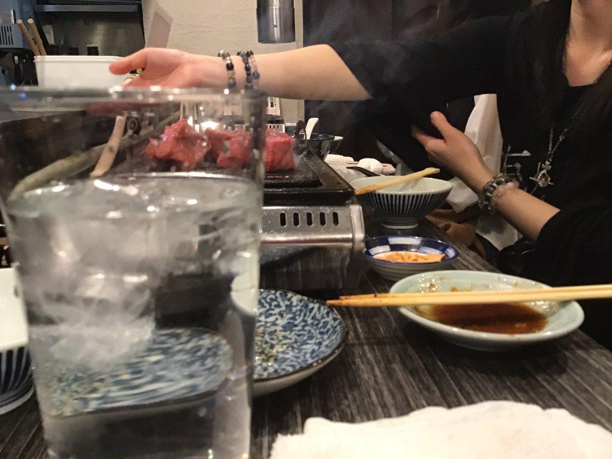 今日も今日とて美女とご飯✧ \(°∀°)// ✧なんば こめじるし 焼肉大ちゃんやでおすすめは炙りレバーと10cmタン!!