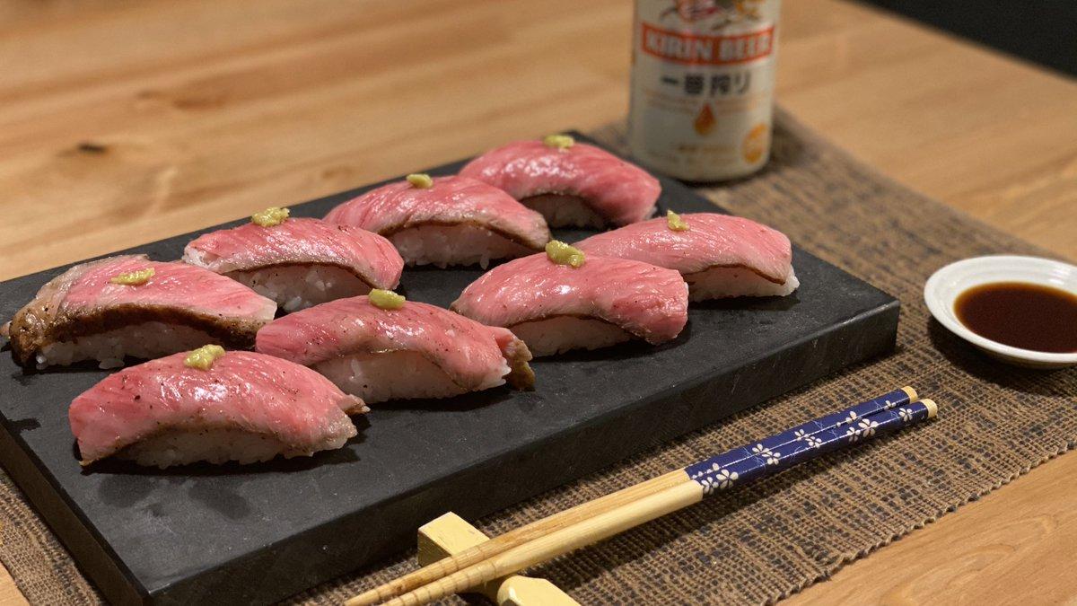 谷やんからもらった佐賀牛、肉寿司にして食べたら美味しすぎて泣いちゃった (ガチ)