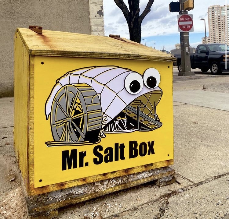 Just call me Mr. Salt Box! 🧂👀 This masterpiece is by 📸 @thebrokenplate_jules