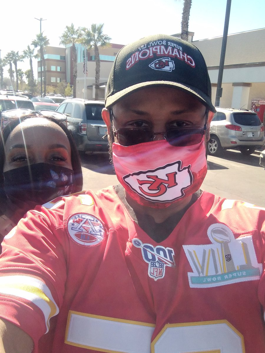 Out today getting ready for SuperBowl 55....#ChiefsKingdom #Chiefs #KCChiefs #RunItBack #GoChiefs #NFL #NFLFAN #AFCChamps #SuperBowlWeeknd