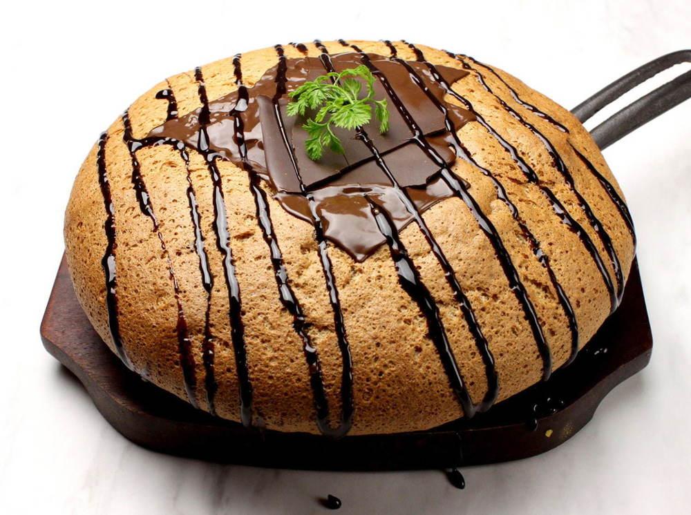 「台湾カステラ米米ファンファン 梅田」新スイーツ、バナナ×塩キャラメルや濃厚チョコのパンケーキ -