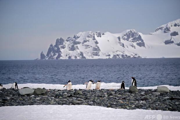 【よかった】53年前に南極でなくした財布、91歳男性の元に返る 米男性は1968年11月まで観測基地で気象予報士として勤務。返すために多くの人が大変な手間をかけてくれたことに、「心底驚いた」と話した。