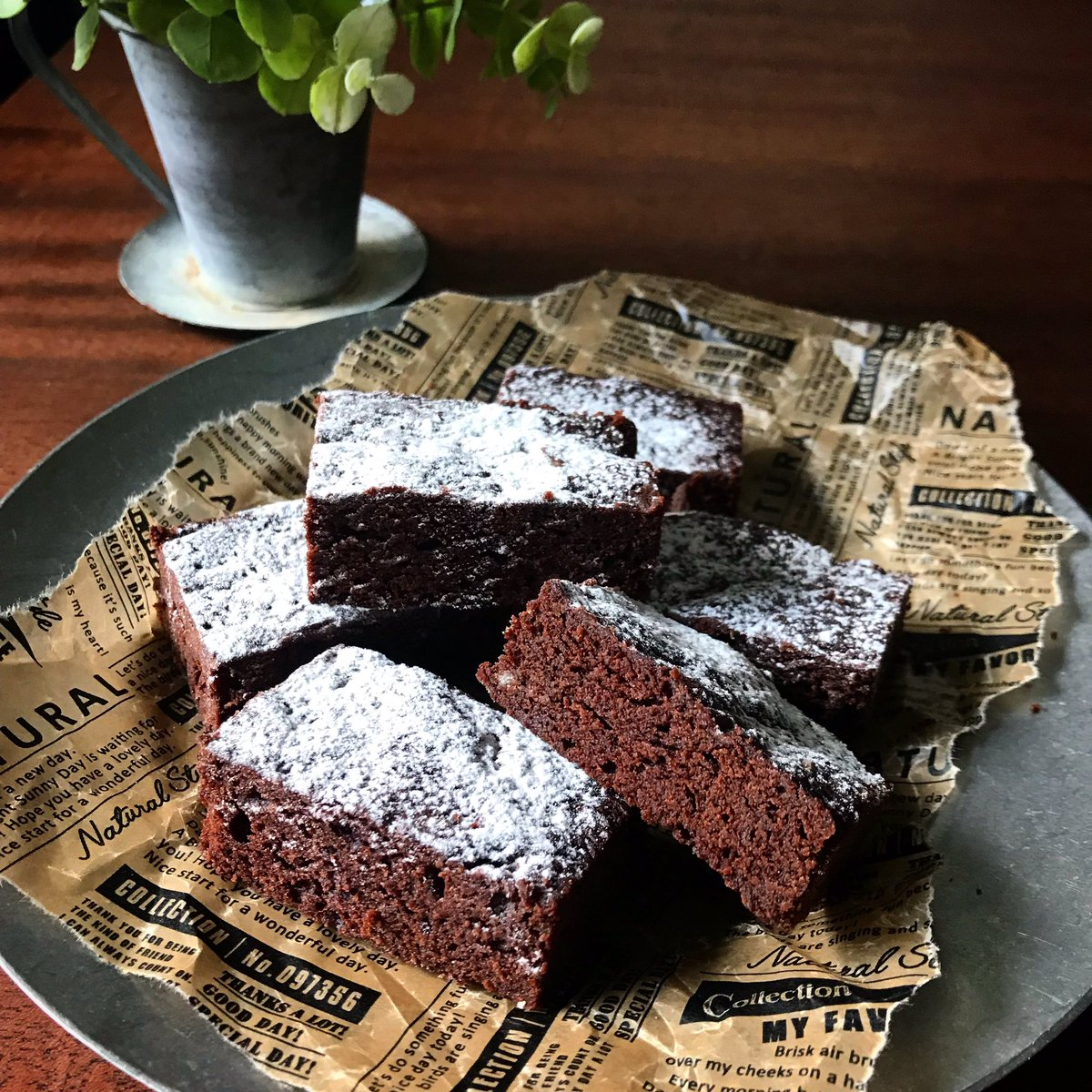 ◆日持ちは冷蔵3〜4日、冷蔵可もっと簡単な10分でできるガトーショコラ風ケーキ他、レンジで作るオススメのお菓子◆濃厚生チョコチーズケーキ◆クッキーブラウニー◆三層のチョコケーキ