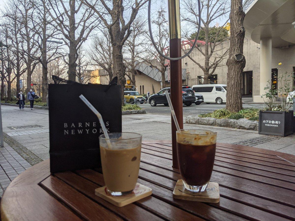 人形の家にあるカフェでお茶。酸味が効いていて、好きな感じのアイスコーヒー。CAFE Elliott Avenue横浜市中区山下町18