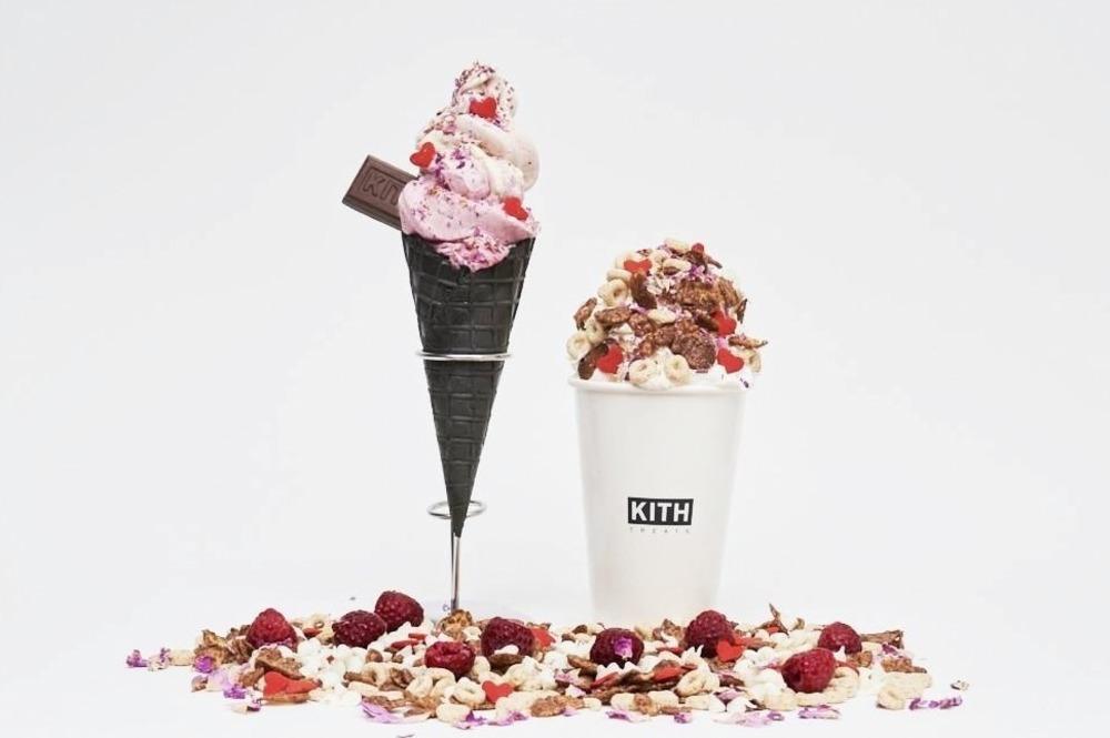 キス トリーツのバレンタイン限定アイス、バラの花束&ハートのスプリンクルをトッピング -