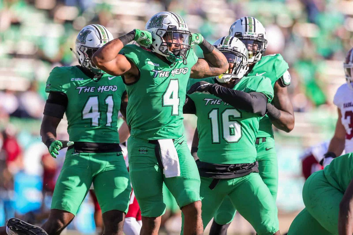 Blessed to receive an offer from Marshall University ! @CoachHuff @street_ralph