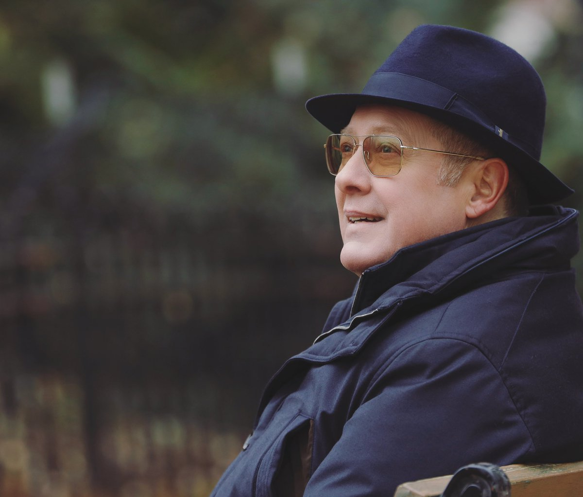 Happy birthday to the incredibly talented, #JamesSpader. Help me wish him a happy birthday by commenting below.