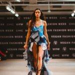 Image for the Tweet beginning: 🧥 Une première Vegan #Fashion