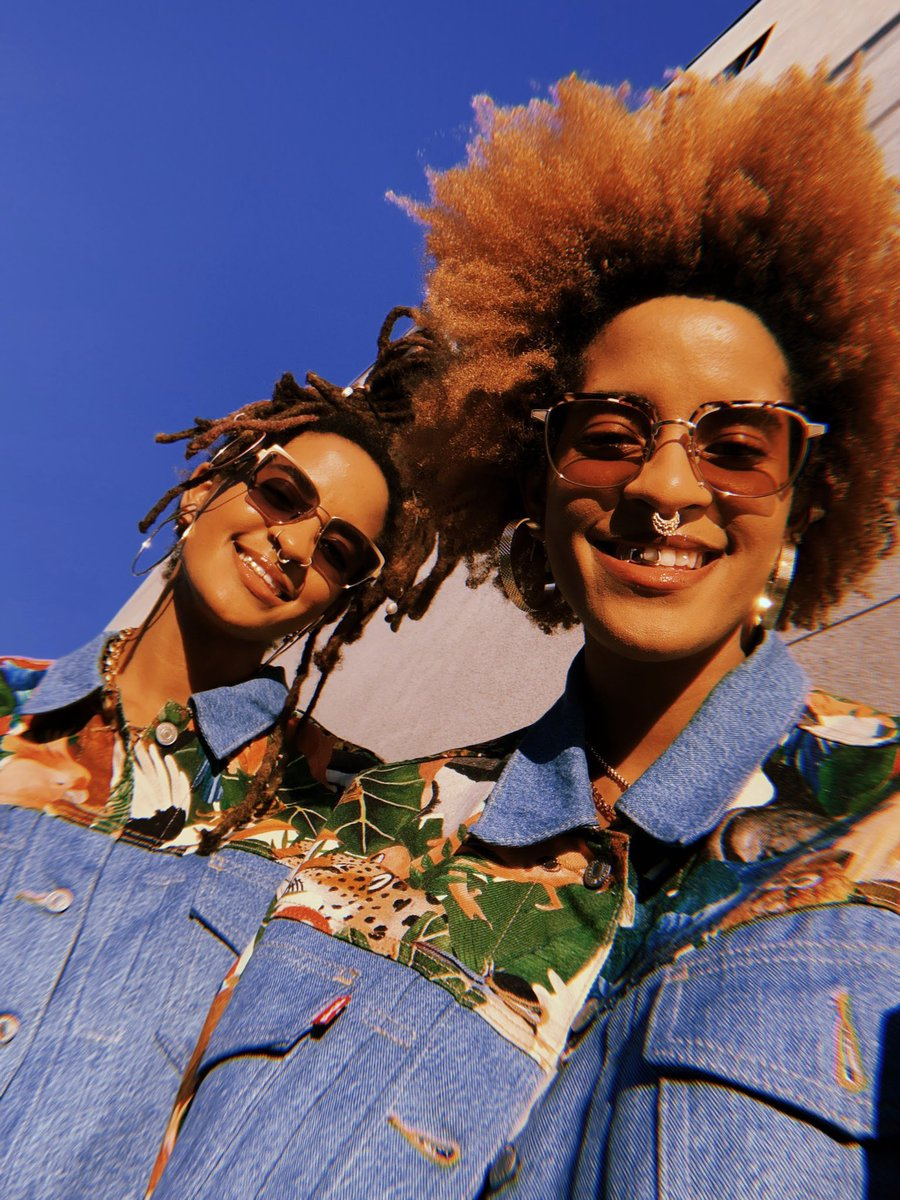 You all know we love @Transitions because they are perfect for our on-the-go lifestyle. This is why we're so excited to be partnering with them and DJing their upcoming optical industry event where they are bringing the latest to the eyecare community. #ad  #TransitionsThePulse https://t.co/8NlUCLVor3