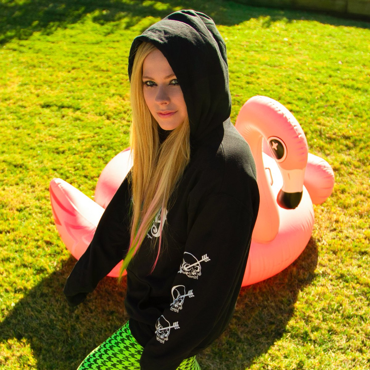 My new favorite @AbbeyDawn sweatshirt. I'm giving some away, tell me what you did this weekend to enter! ⚡️⚡️⚡️