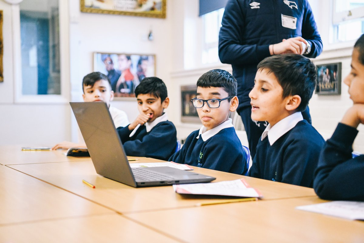 We're supporting #SaferInternetDay  With many of our school and young person sessions going virtual, it's never been more important to practice safety online 🧑‍💻  Head over to @UK_SIC for tips and resources!  #AnInternetWeTrust
